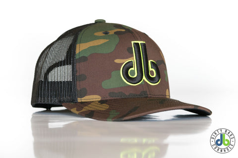 cornhole camo hat with yellow