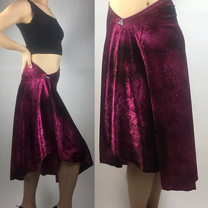 Tango skirt burgundy crushed velvet - Bailemos Dancewear