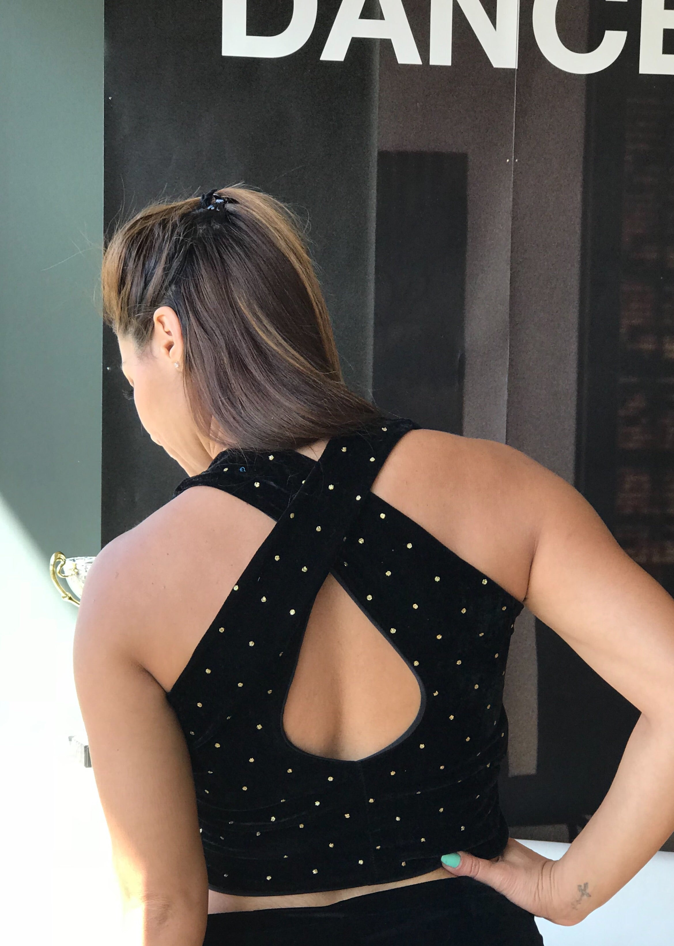 Black velvet crop top with gold dots - Bailemos Dancewear