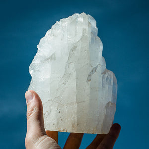 SELENITE CRYSTAL - DIRT