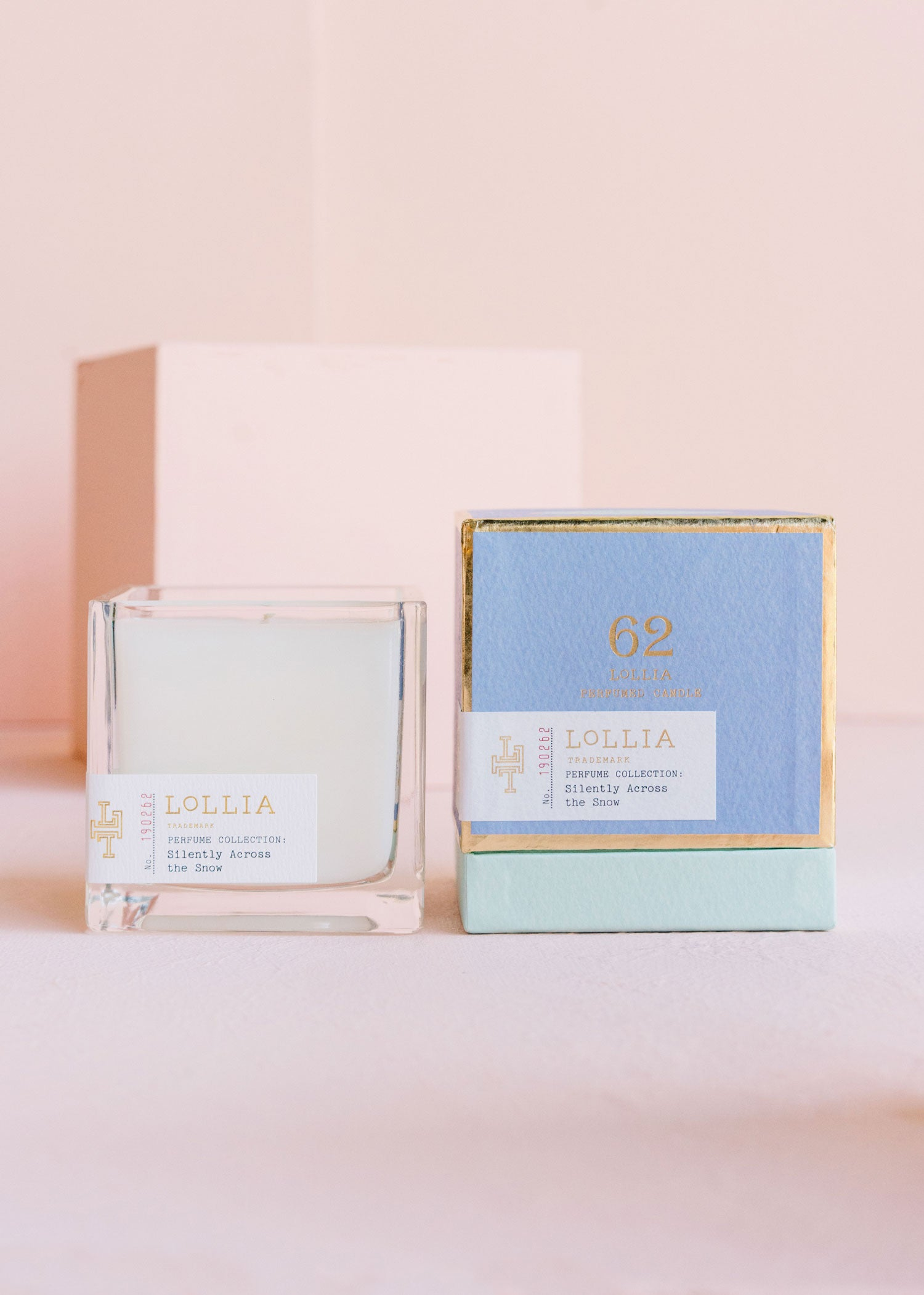 Poetic License >> Lollia Silently Across The Snow Scented Candle Margot Elena