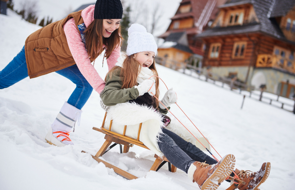 Fun – and Easy – Outdoor Winter Activities for the Whole Family | Būband