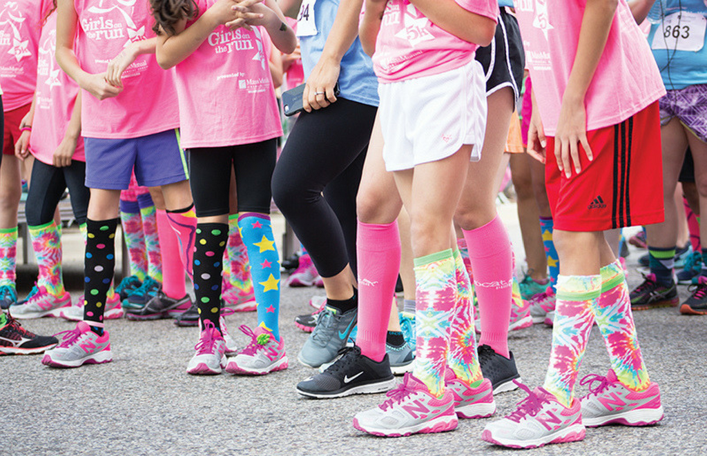 Non-profit organizations that benefit girls in sports | Būband