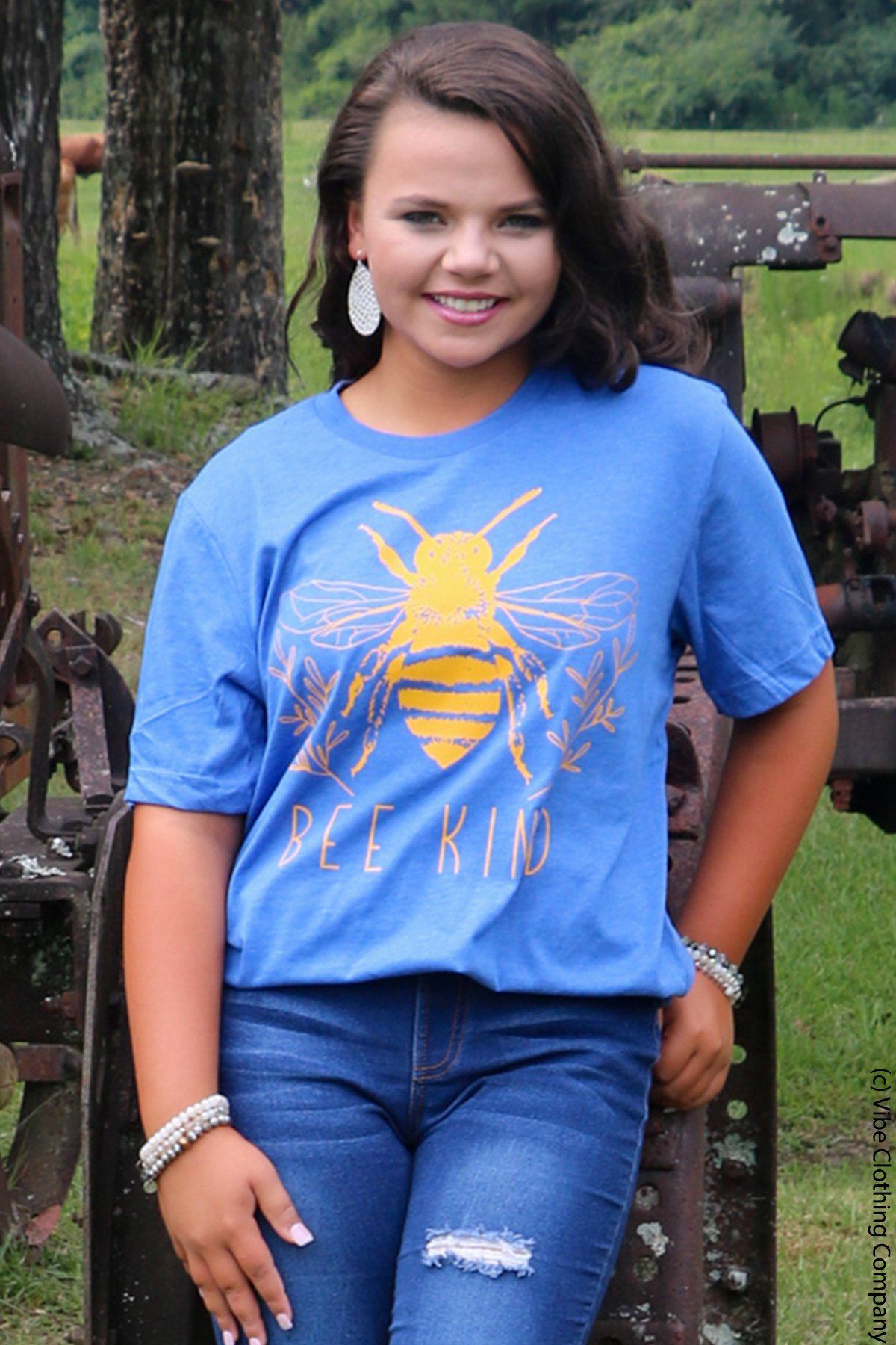 BuZZ Bee Graphic Tee graphic tees Mark tee Large Dusky Blue