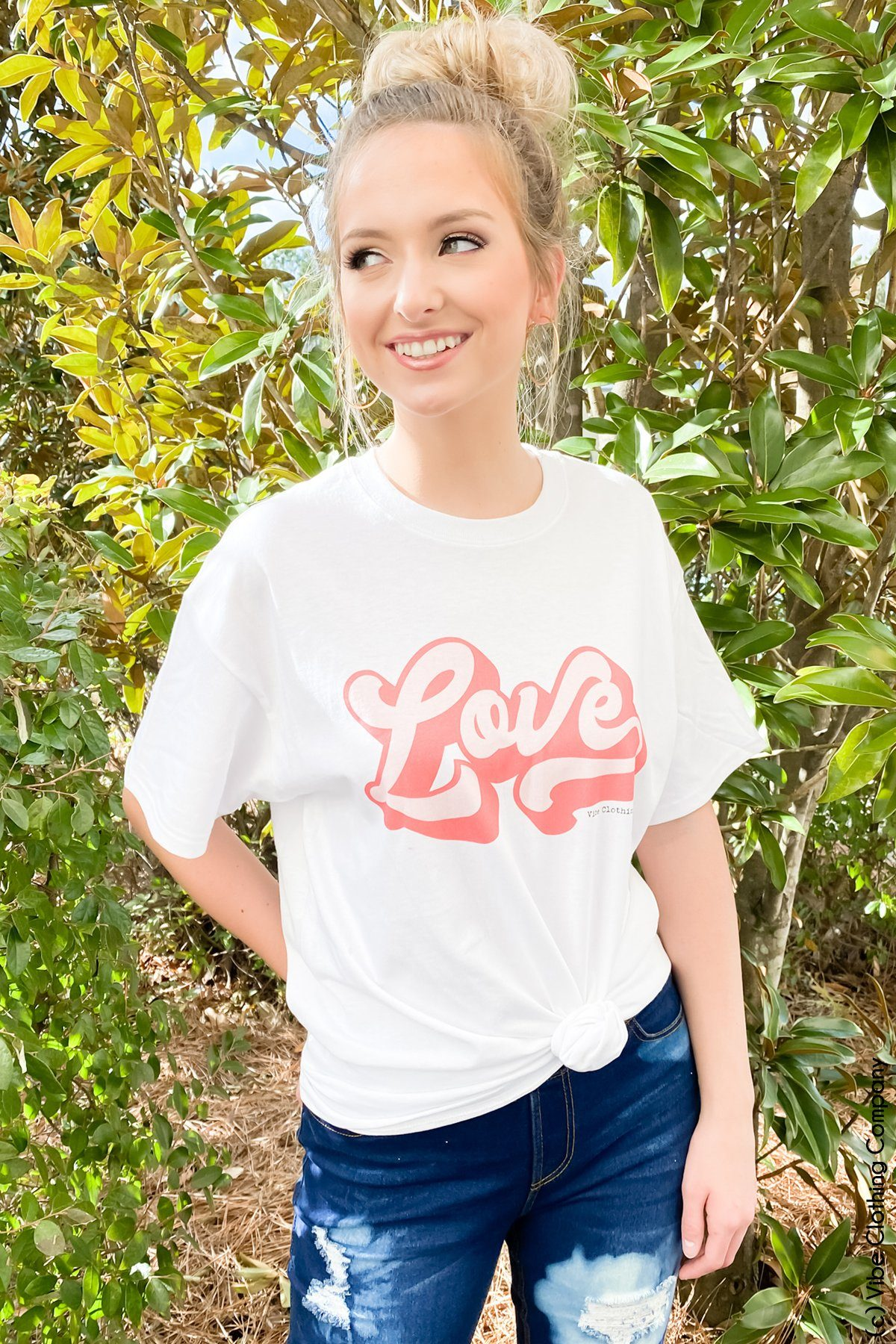 Retro Love Graphic Tee graphic tees Mark tee Small White