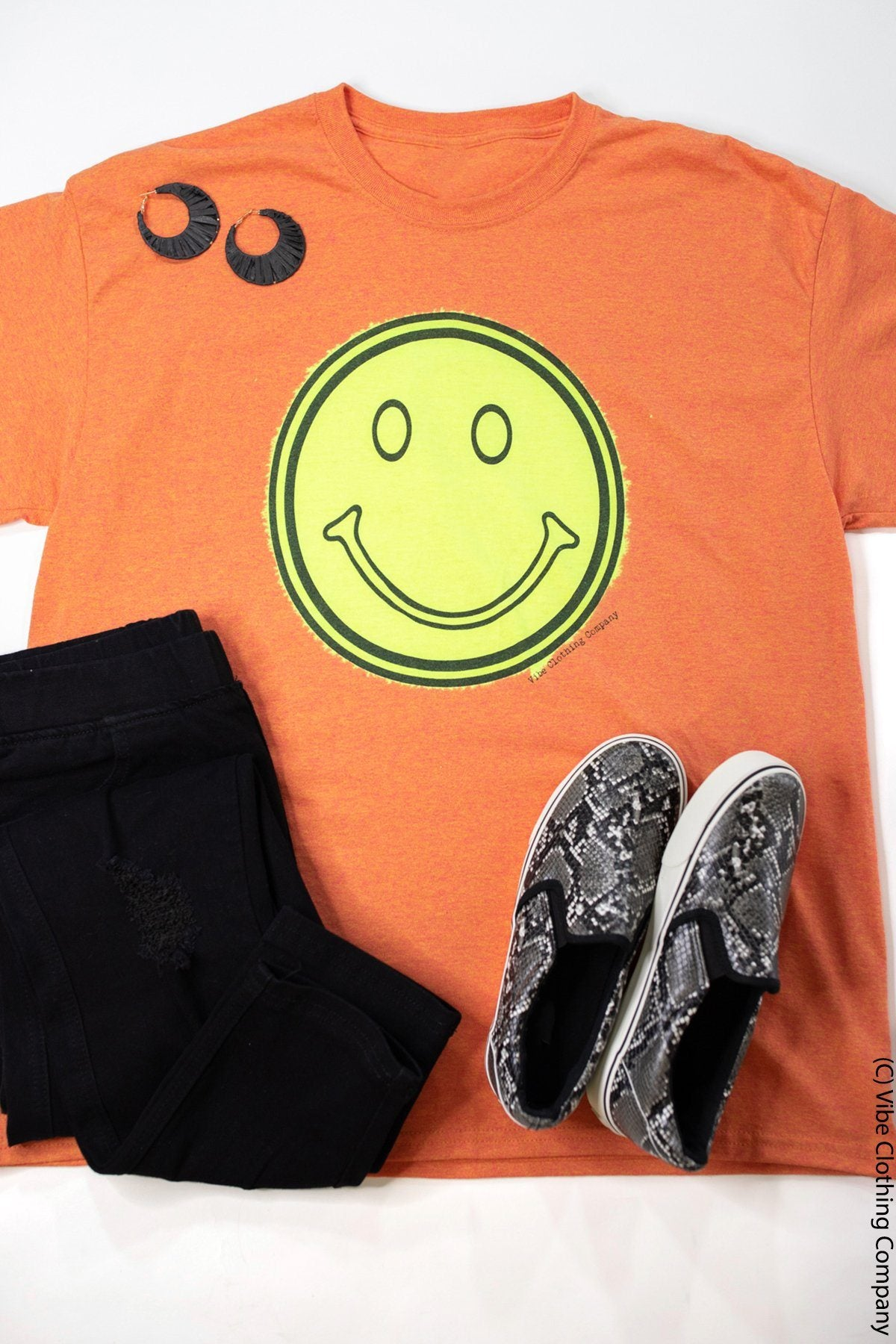 Smiley Face Graphic Tee - Bleached graphic tees Mark tee Small