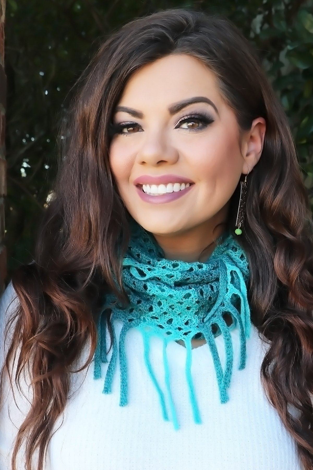Crochet Infinity Scarf- Peacock Collection door buster Vibe Clothing Company