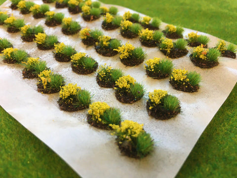 Yellow Mini Flower and Grass Dioramas - Static Grass Tufts