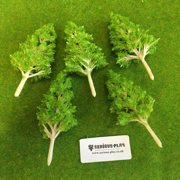 Mid Green Basic Plastic Trees 10cm