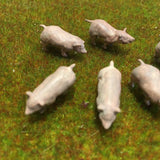 Serious-Play O Scale Pigs- Resin Animals