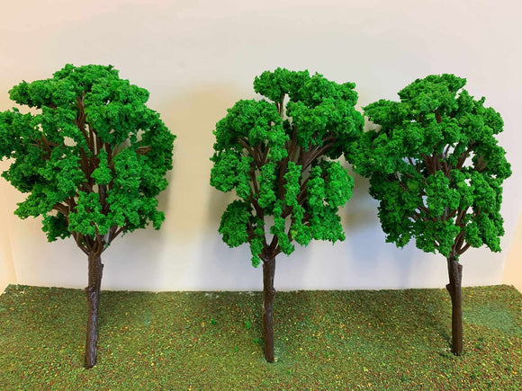 Large Green Trees - 19cm