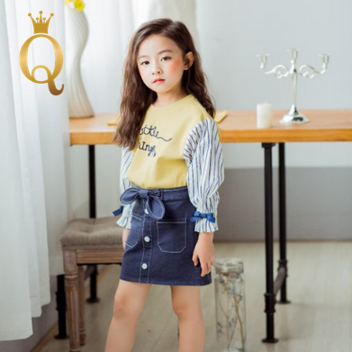 Girls Spliced Sleeve Sweater And Denim Skirt Set (2 Piece Set) - -