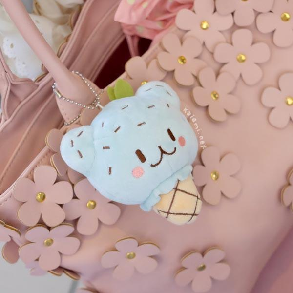 milky parlor ice cream trio plush keychain set