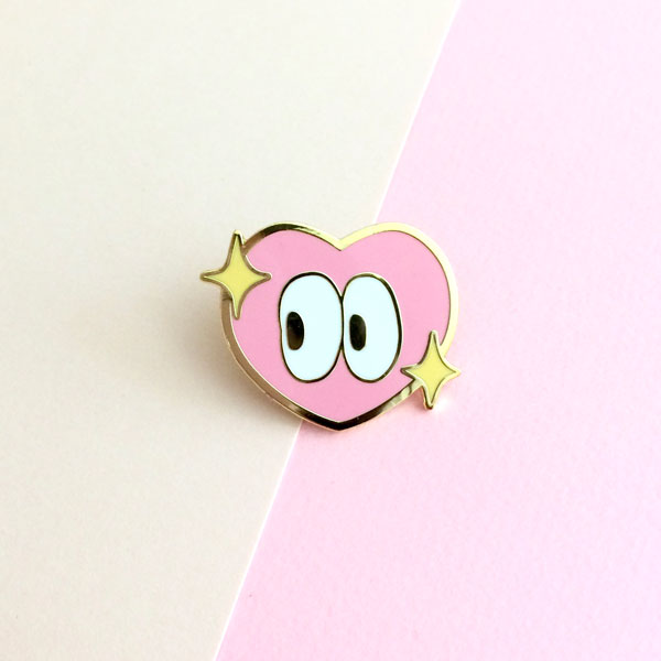 heart eyes emoji enamel pin