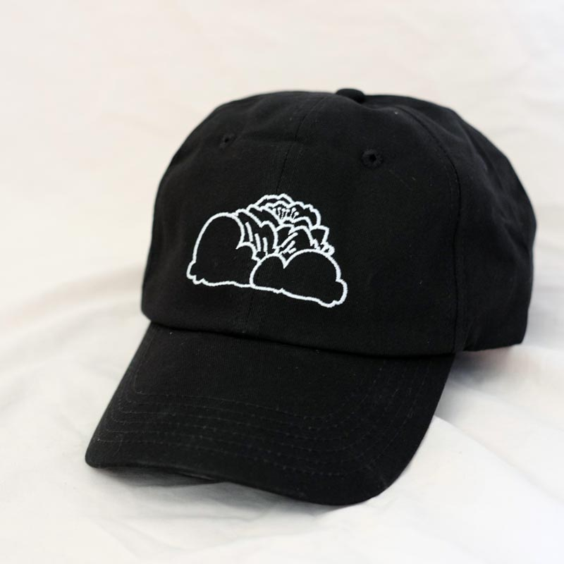 black daydreaming clouds cap