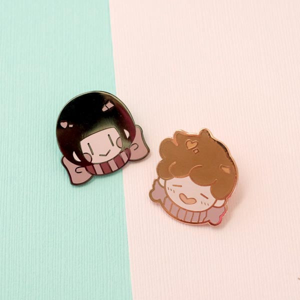 bitter honey couple pin set