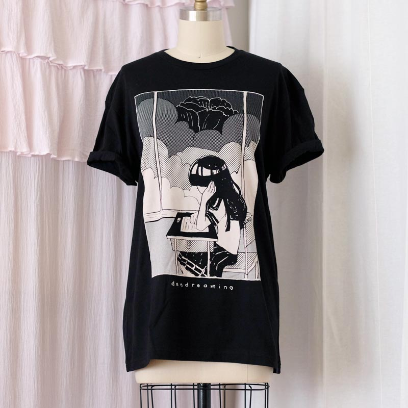 monotone daydreaming shirt