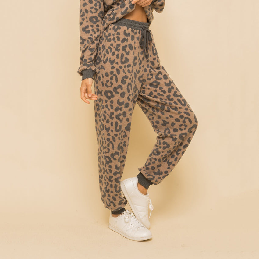 Leo Vibes Sweats