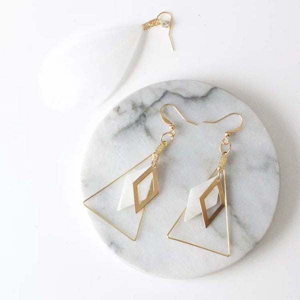 Hanging Vanilla Earrings