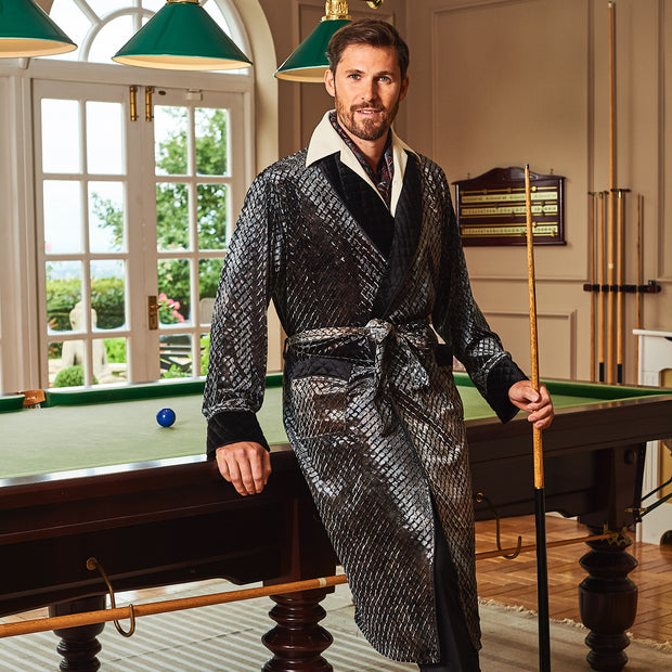 MR.HEFNER ROBE PEWTER