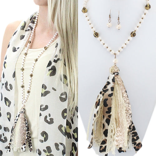 Duster Necklace Leopard Beads