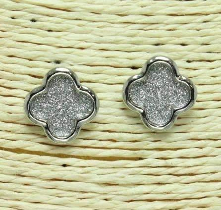 Quatrefoil Shape Post Earrings Silver