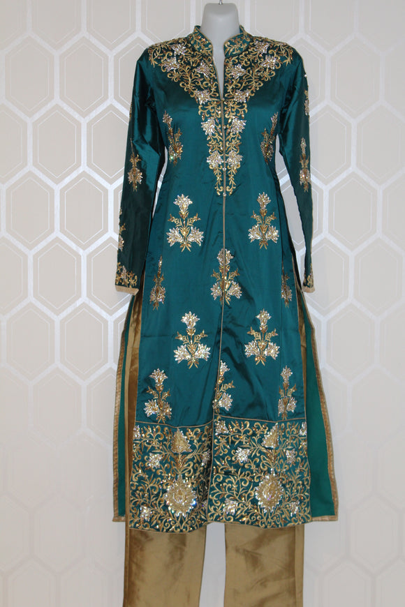 Teal 3/4 Sleeve Suit with Gold Design