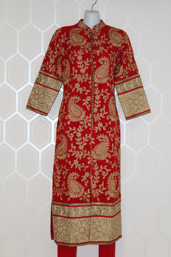 Red 3/4 Sleeves Suit with Gold Design