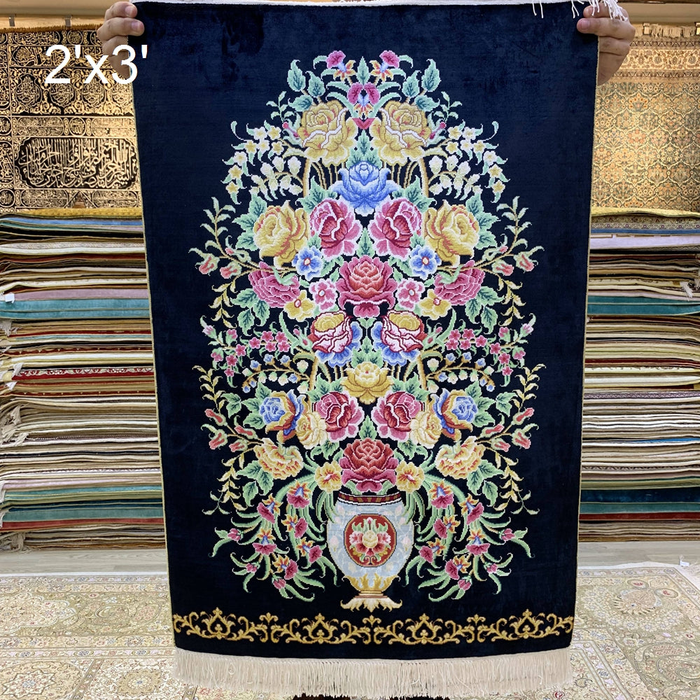 Authentic Oriental Genuine 100% Silk Rug Hand-loomd Hand-knotted