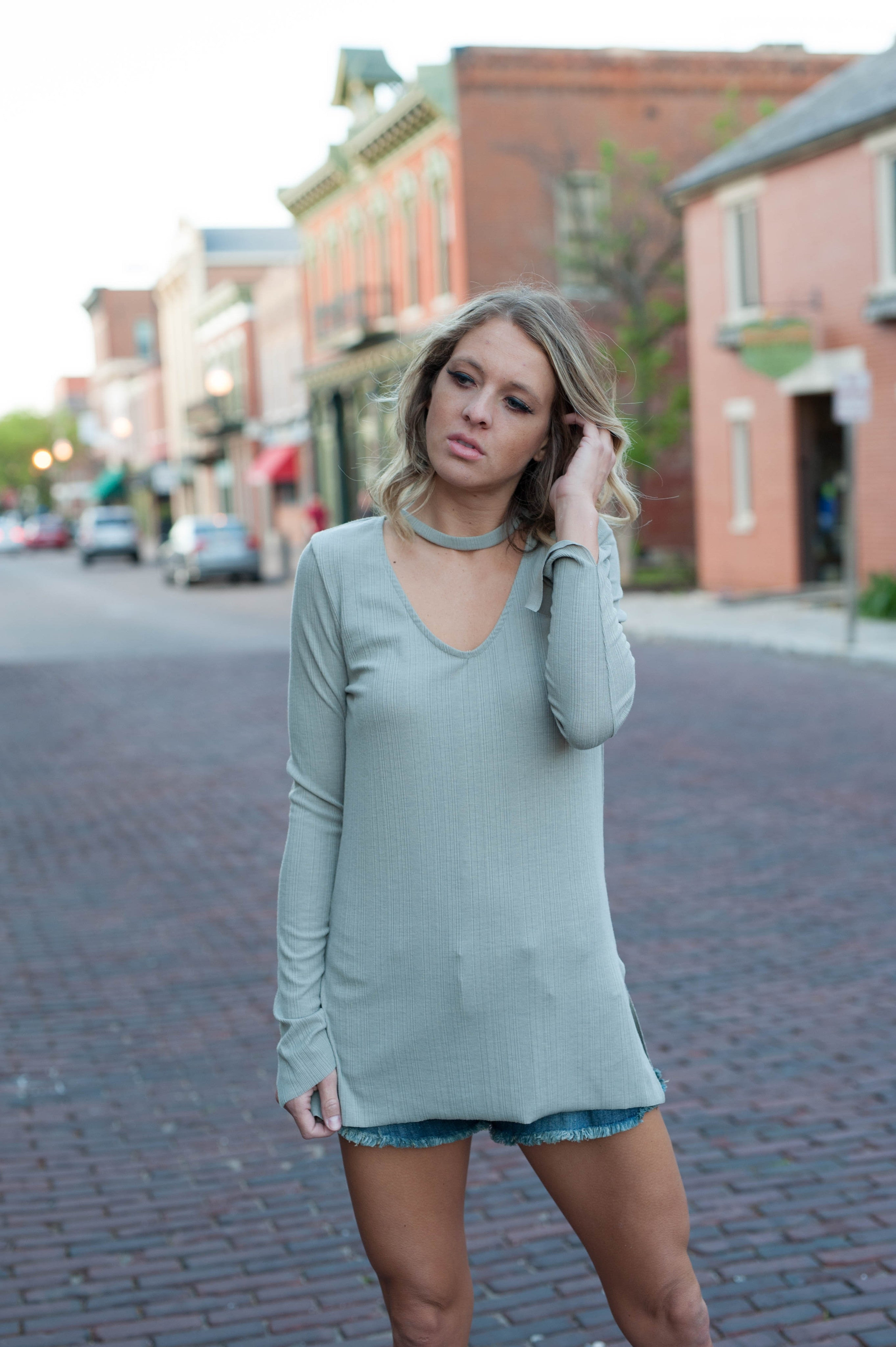 Olivia Choker Long Sleeve Top Tops - IV Collection