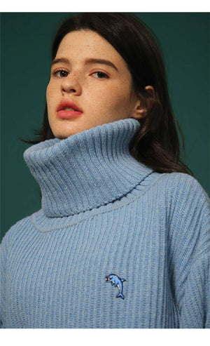Oversized Dolphin Turtleneck