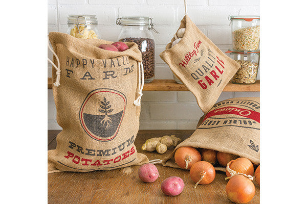 retroktichen hessian produce storage sacks for potatoes, onion and garlic