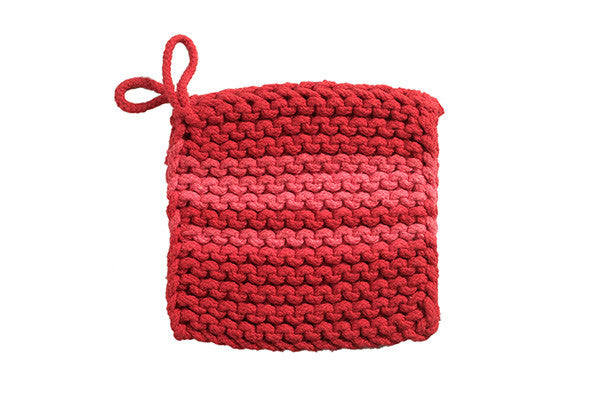 RetroKitchen knitted trivets in raspberry and red colours