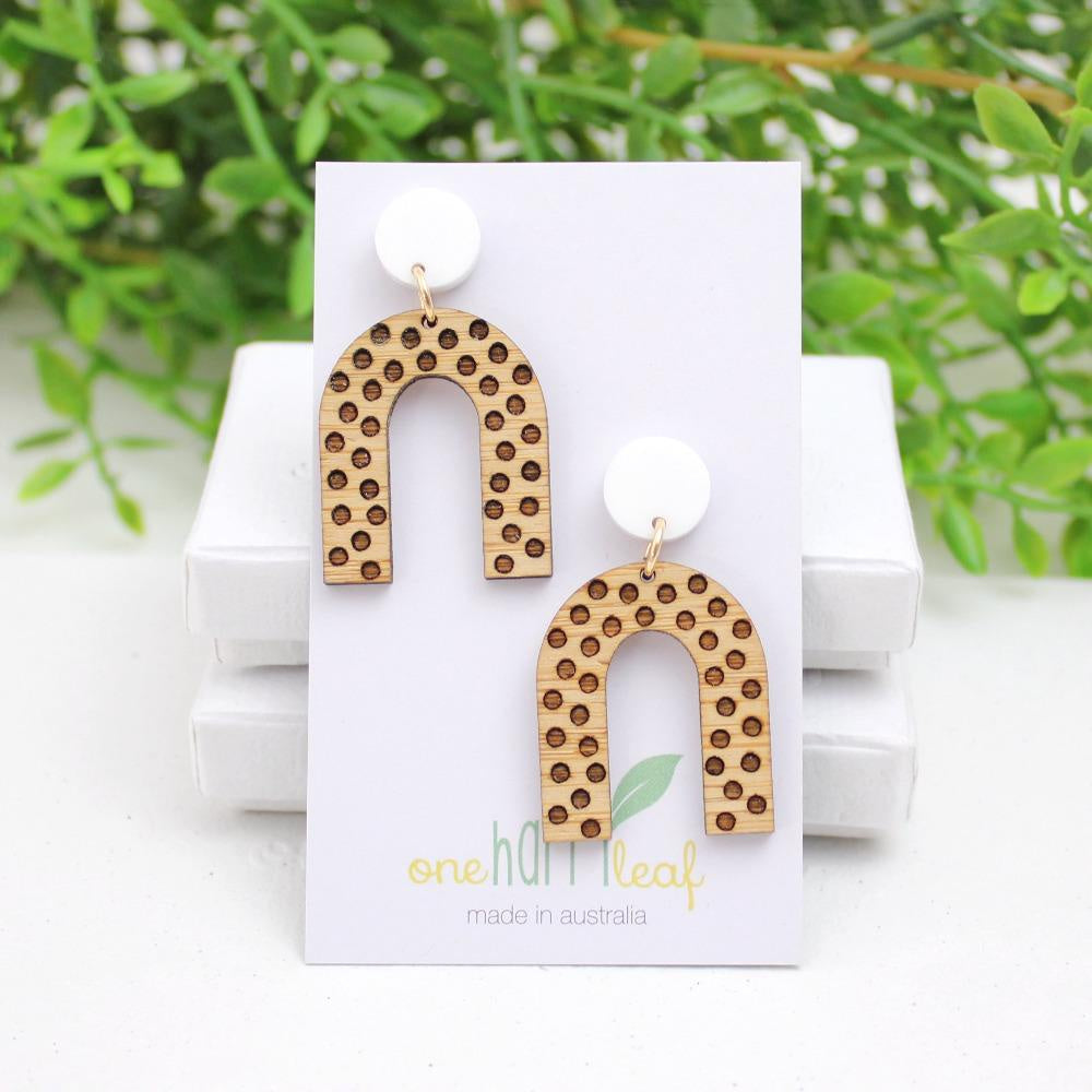 U Shape Polka Dot Earring