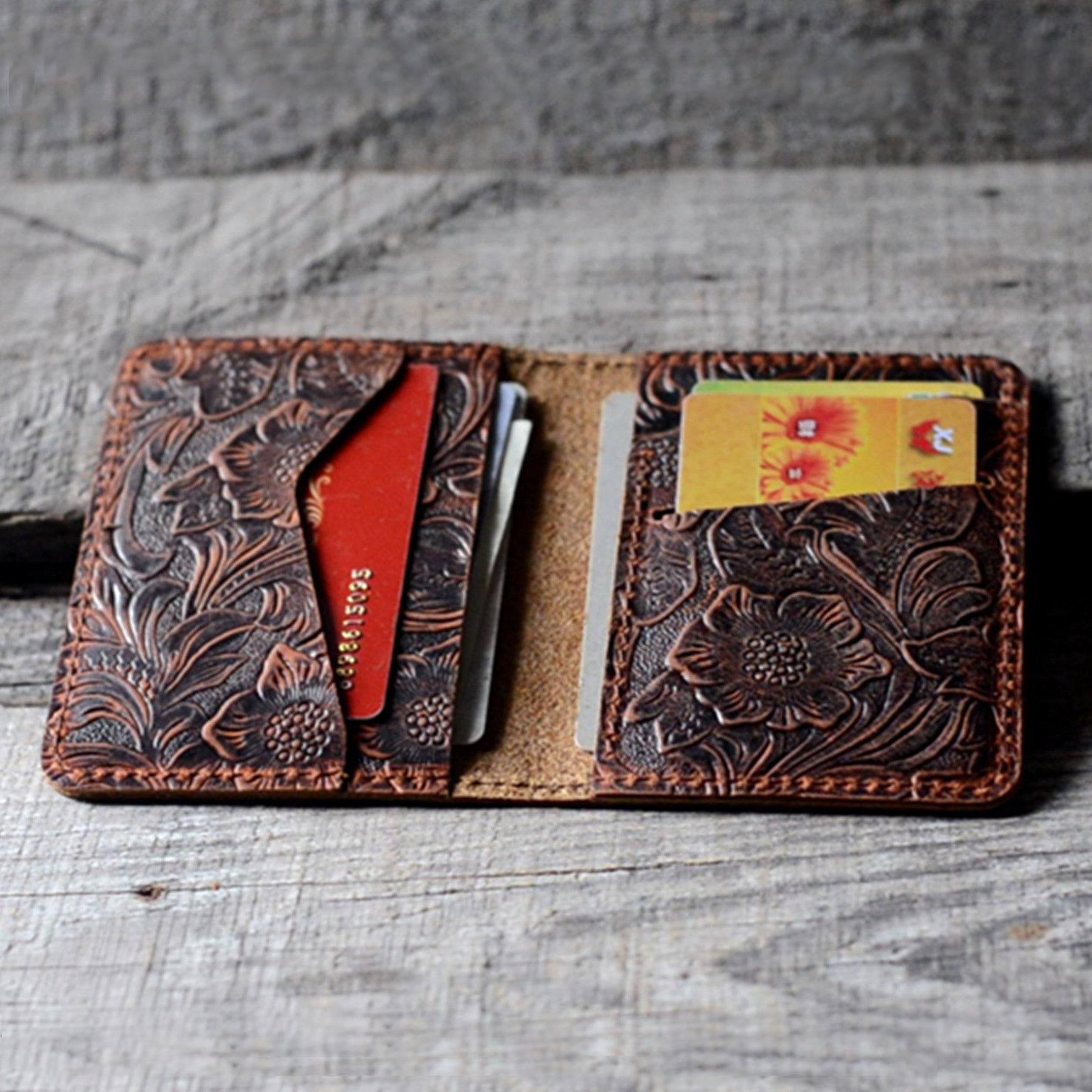 Distressed Men's Minimalist Leather  Wallet Card Holder brown