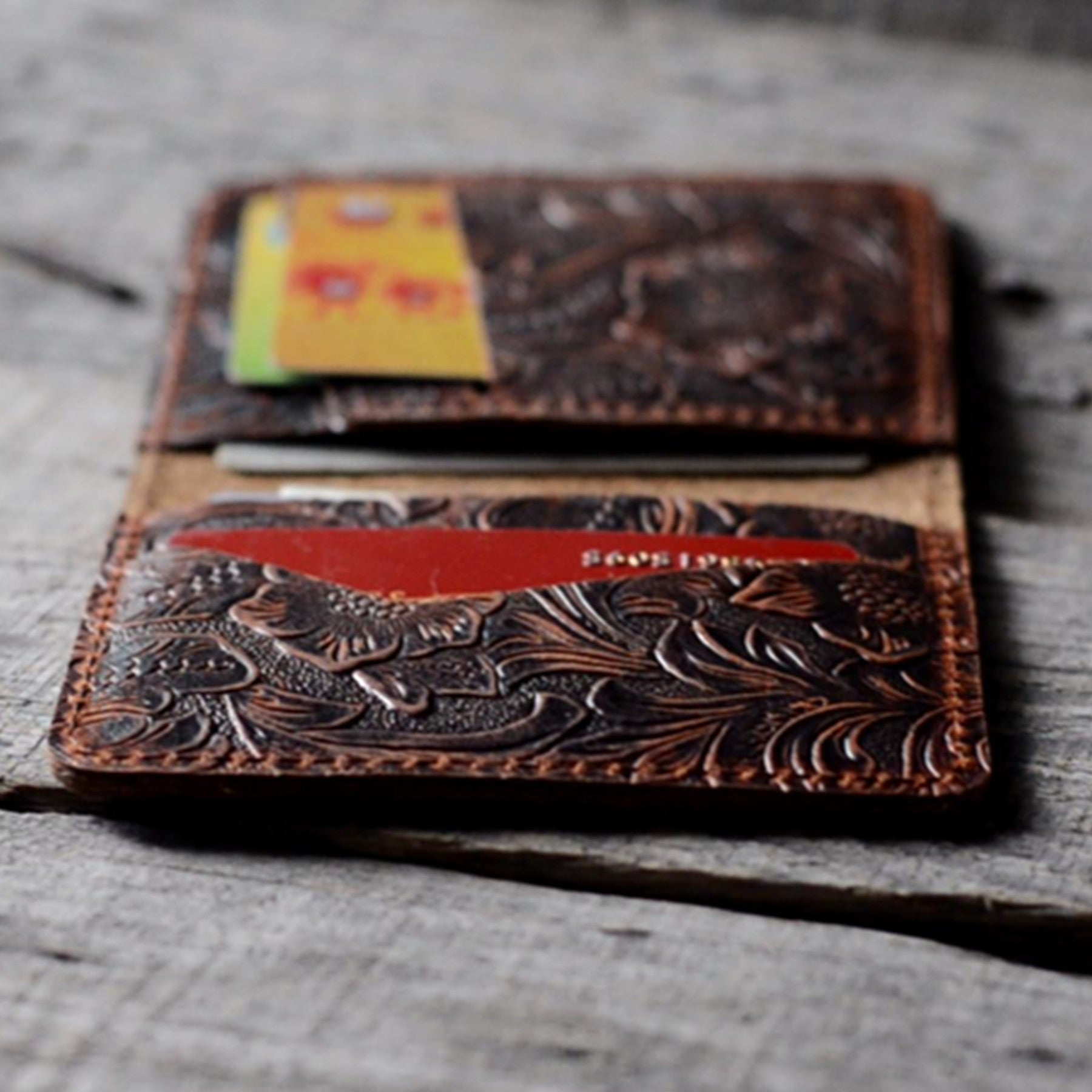 Distressed Men's Minimalist Leather  Wallet Card Holder Flower Brown