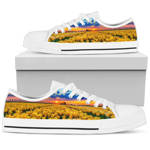 Image of The Netherlands Footwear - Dutch Yellow Tulips Field Canvas Shoes (Mens/Womens Low Top) A0 |Footwear| 1sttheworld