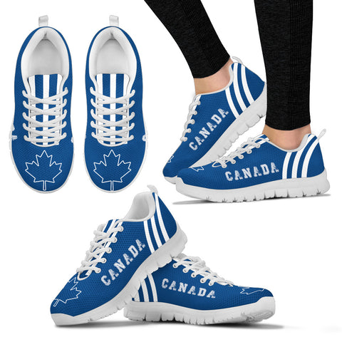Image of Canada Sneakers Triple Style 01 J7
