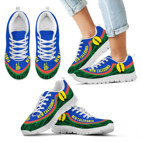 New Caledonia Wave Sneakers - Polynesian Pattern Th0
