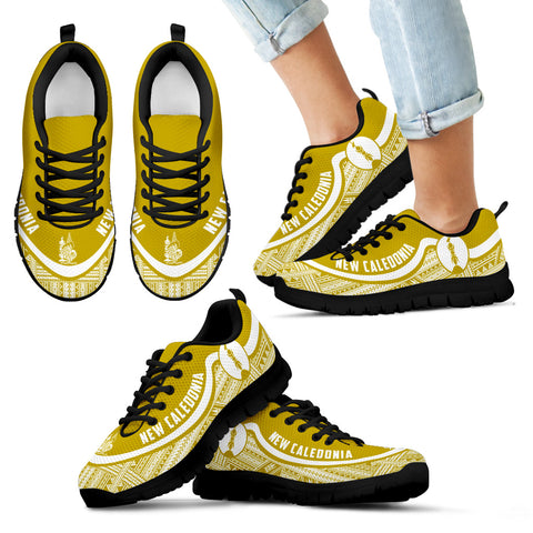 New Caledonia Wave Sneakers - Polynesian Pattern White Gold Color Th0