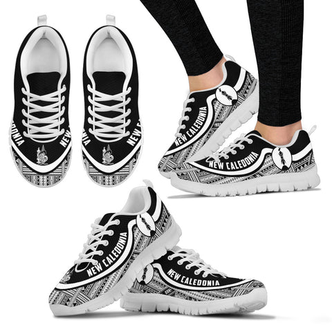 New Caledonia Wave Sneakers - Polynesian Pattern Black White Color Th0