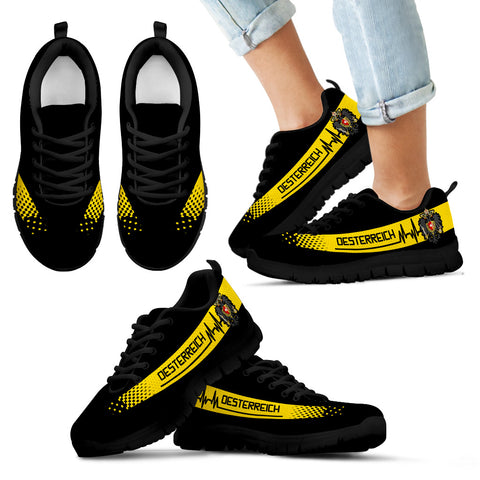 Austrian Empire Heartbeat Sneakers TH0