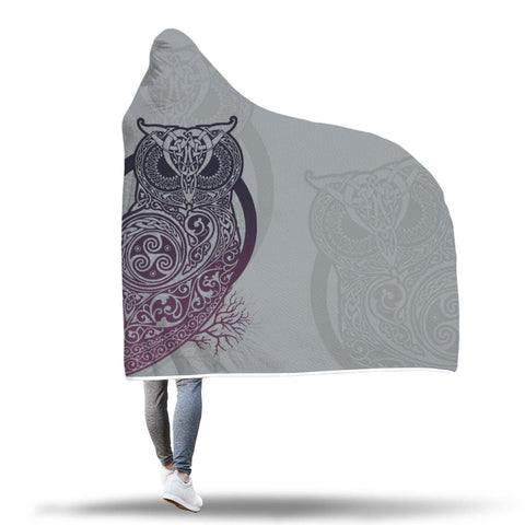SCOTTISH,SCOTLAND,ONLINE SHOPPING,IRISH,IRELAND,HOODED BLANKETS,CELTIC OWL,Celtic Hooded Blanket,CELTIC