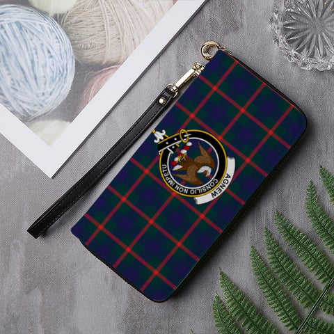 Image of AGNEW  TARTAN CLAN BADGE ZIPPER WALLET HJ4