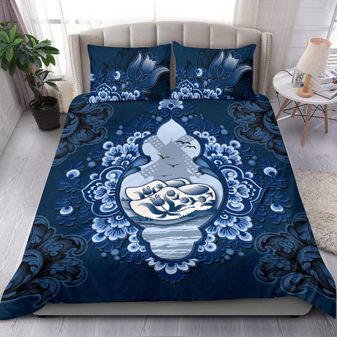 Netherlands Duvet Cover - Dutch Clogs and Tulip