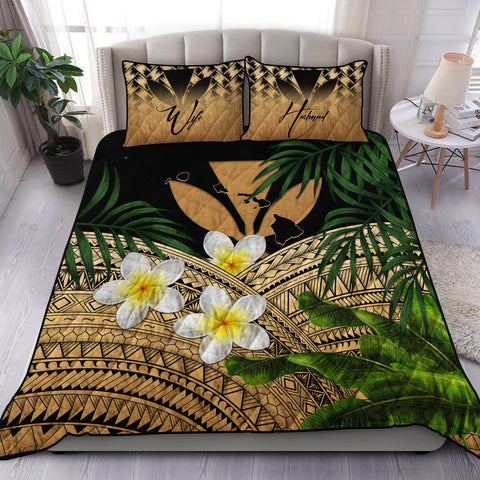 Image of (Custom) Kanaka Maoli (Hawaiian) Quilt Bed Set, Polynesian Plumeria Banana Leaves Gold Personal Signature A02