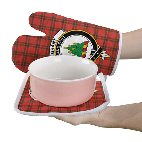 Grant Weathered Clan Crest Tartan Scotland Oven Mitt And Pot-Holder (Set Of Two)
