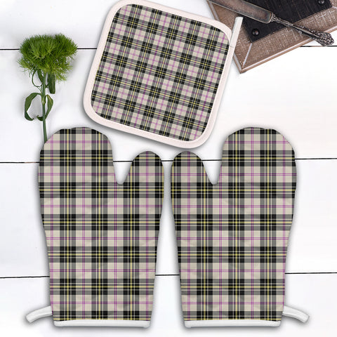 Image of MacPherson Dress Ancient Clan Tartan Scotland Oven Mitt And Pot-Holder (Set Of Two)