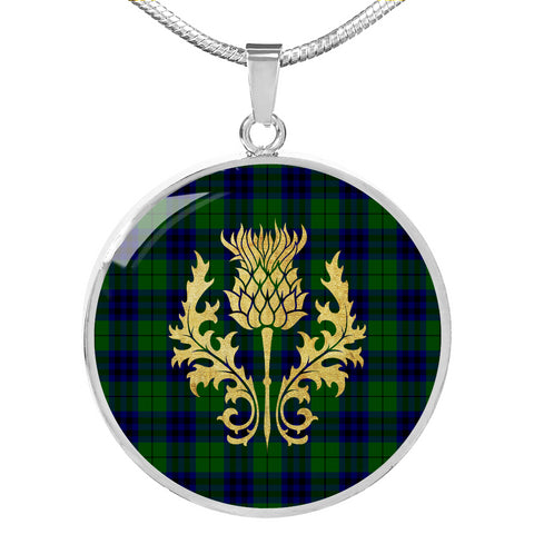Keith Modern Tartan Circle Necklace Thistle Gold Hj4