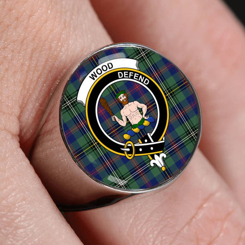 Image of Wood Tartan Crest Ring Th8